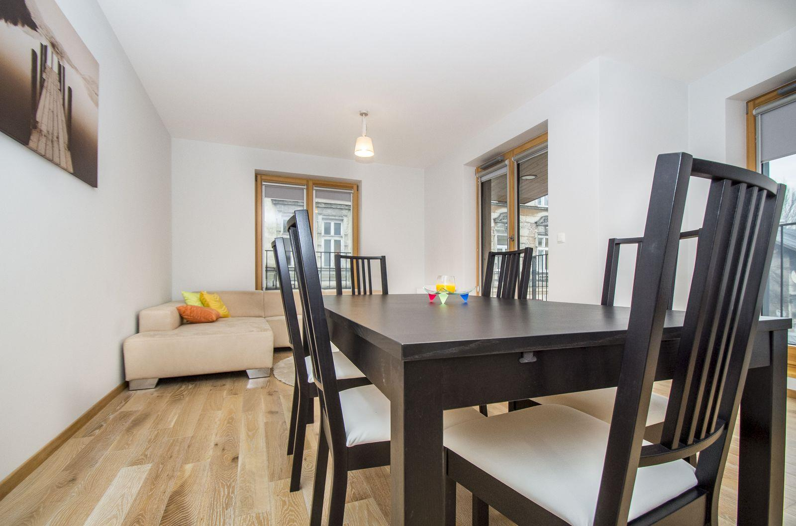 Guernsey (Metropolitan B) Apartment in Browar Lubicz in Krakow Old Town, Two bedroom apartment - LANDMARK APARTMENTS